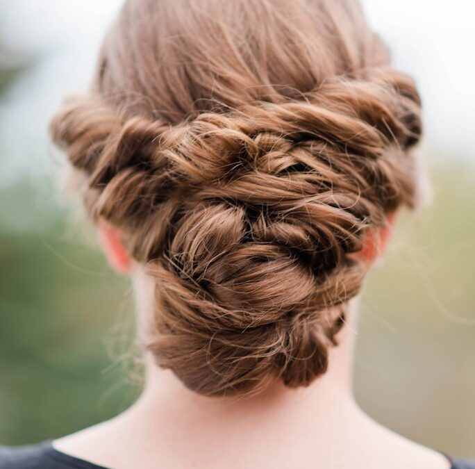 7 Super Easy Everyday Updos, That Even Beginners Can Master